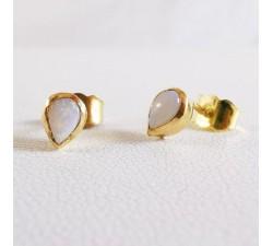 Boucles d'oreilles Opale Blanche Or Jaune Pièce Unique