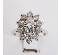 Bague Entourage diamants or blanc 18 carats, bague de fiançailles diamants, bague ancienne.
